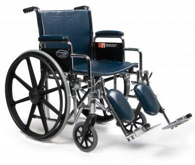 Everest & Jennings 3E020120 Traveler LX Wheelchair, Detachable Desk Arm, Swing Away Footrest, 18