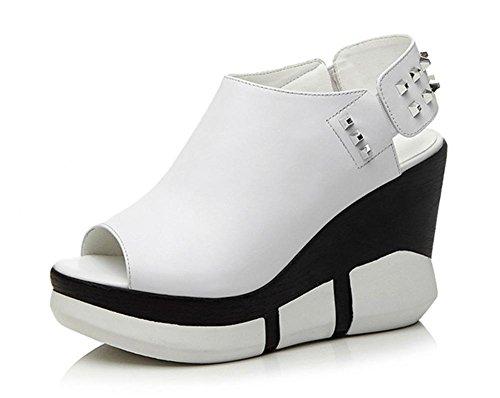 Bajo-top de los zapatos pendiente con remaches de cabeza de pescado temperamento femenino de las sandalias de los zapatos de las mujeres de alta gama White