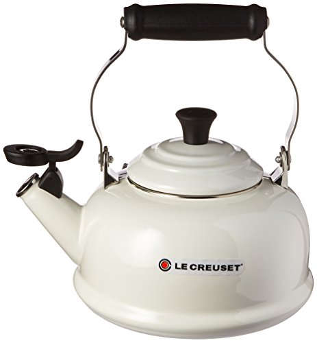 Le Creuset Classic Whistling Tea Kettle, Size One Size - Whi