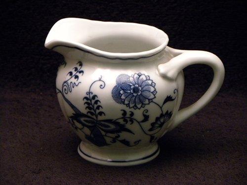 (Japan Blue Danube Creamer)