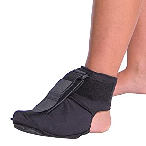 BraceAbility Plantar Fasciitis Soft Night Sock Stretching Splint Boot - New & Improved with Rigid Foot Plate for Better Stability & Stretch (M)