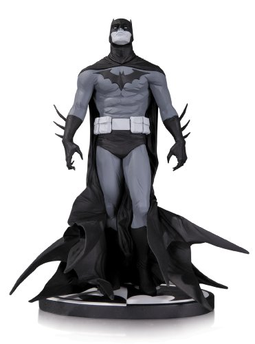 DC Collectibles Batman Black & White: Batman by Jae Lee (Limited Edition Bust)