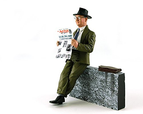(1960's Enzo Ferrari Reading The Newspaper Figurine for 1/18 Model Cars by Lemans Miniatures 180015)