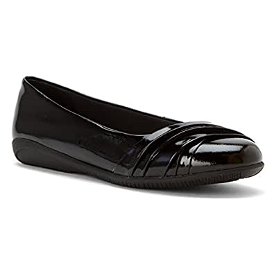 Walking Cradles Women's Flick Black Soft Patent 5 M