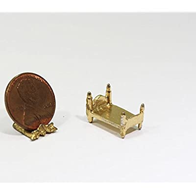 Dollhouse Miniature Small Gold Doll Bed: Toys & Games
