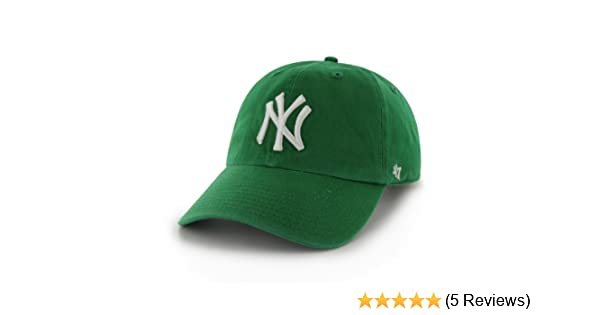 best loved 7d48d aa9da Amazon.com   MLB New York Yankees  47 Brand Clean Up Adjustable Cap, One  Size, Kelly   Sports Fan Baseball Caps   Clothing