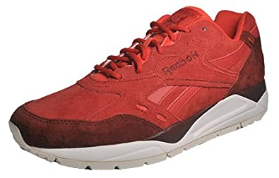 a2294352d8a0 Reebok Classic Bolton CP  Amazon.co.uk  Shoes   Bags