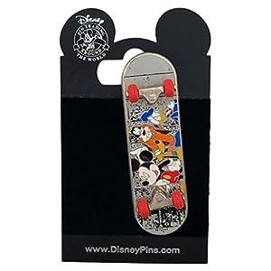 Disney Pin – Skateboard – Mickey and the Gang
