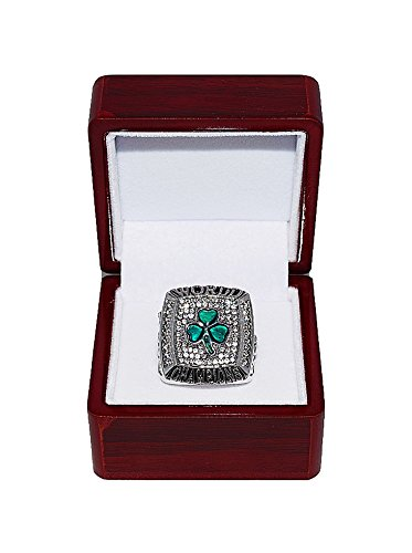 BOSTON CELTICS (Kevin Garnett) 2008 NBA FINALS WORLD CHAMPIONS (Banner 17 Champs) Rare & Collectible High-Quality Replica NBA Basketball Silver Championship Ring with Cherrywood Display Box