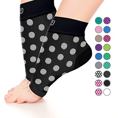 (Plantar Fasciitis Sock,Compression Socks for Men Women-Best Ankle Sleeve for Arch Support,Injury Recovery and Prevention-Relief from Joint and Foot Pain,Swelling,Achy Feet (Black W/Large White Dots,M))