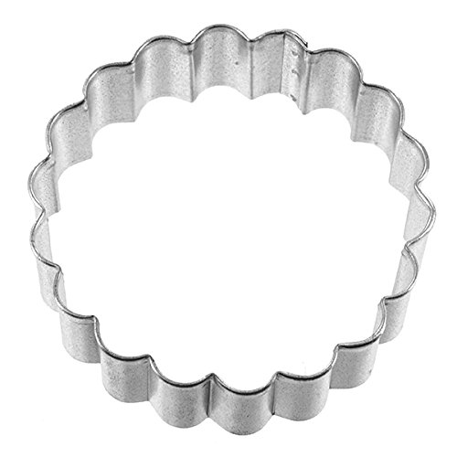 Fluted Round Cookie Cutter by GSA