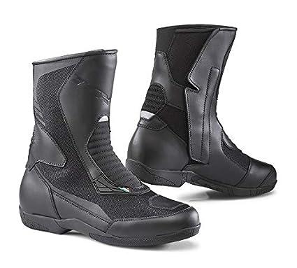 38c771459f314 Amazon.com: TCX Zephyr Flow Adult Street Motorcycle Boots - Black/Eu ...