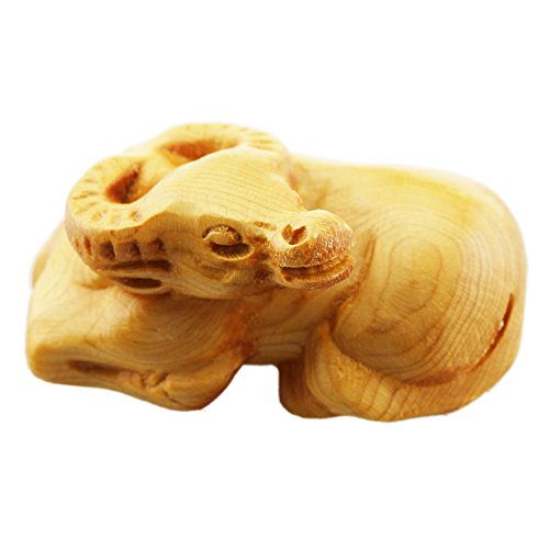 FOY-MALL Mini Hand Pieces Thuja Sutchuenensis Wood Carved Chinese Zodiac Statue Ox S1014