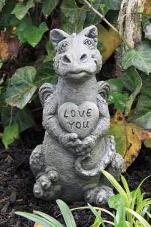 (Massarelli Lil Dragon Heart: Stone Statue:)
