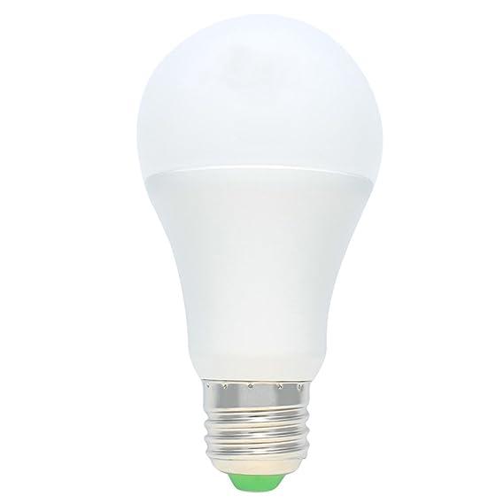 4Pack Anochecer a la luz del amanecer Bombilla, 7W E27 Smart Anochecer a Dawn Bombilla LED con encendido / apagado automático Lámpara de interior / exterior ...