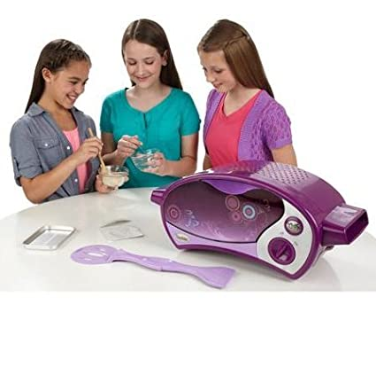 Kitchen Appliances For Kids-Easy Bake Ultimate Oven-Easy Bake. Oven-Children can make 12 chocolate chip cookie bites with the included cookie mix, or they can try other mixes to make all kinds of yummy treats-Oven comes with baking pan, pan tool, chocolate