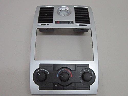 06 07 08 09 10 CHRYSLER 300 CLIMATE CONTROL RADIO DASH (Radio Control Bezel)