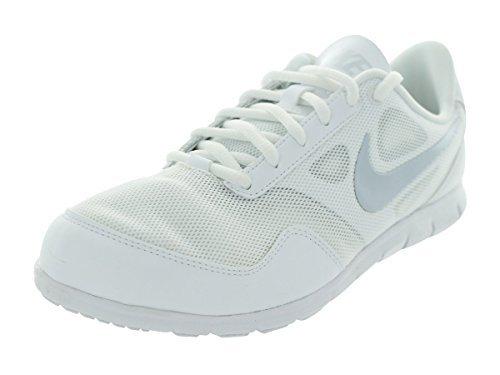 Nike Women's Cheer Compete White/White/Pure Platinum 11 B - Medium