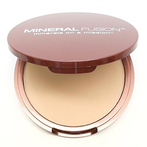 Mineral Fusion Pressed Powder Foundation, Olive 2