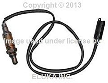 Distribution Piece BMW O-Ring Air Equalizer For Intake Manifold 525i 528i 530i 320i 323Ci 323i 325Ci 325i 325xi 328Ci 328i 330Ci 330i 330xi X5 3.0i 525i 530i X3 2.5i X3 3.0i Z4 2.5i Z4 3.0i Z3 2.5 Z3 2.5i Z3 2.8 Z3 3.0i