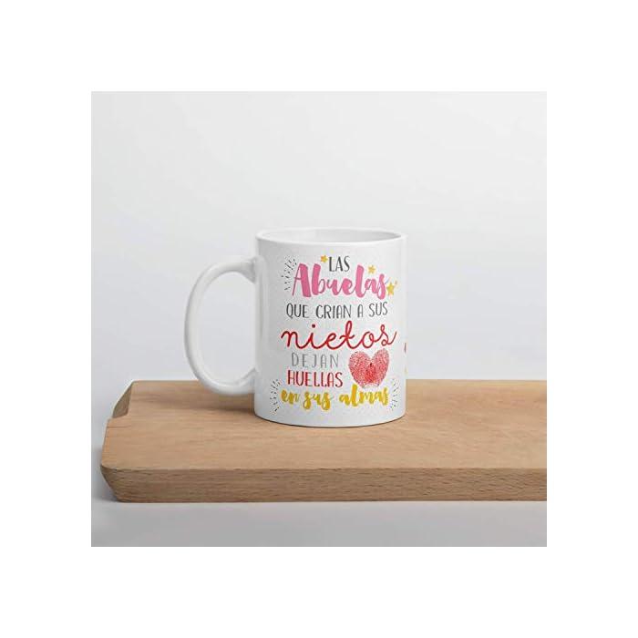 41EZ18QsRsL ✅ACCESORIO DIVERTIDO: Ahora la Abuela puede disfrutar de una taza de café o té caliente en una taza de cerámica elegante que hará que todas las mañanas sean más fáciles y relajantes. ✅GRAN REGALO: La taza la Abuela es un excelente regalo para Navidad, cumpleaños, aniversario, dia del padre... esas bonitas tazas son una forma maravillosa de expresar su respeto y admiración hacia su Abuelo. Regalos originales que transmiten a nivel emocional, tu abuela quedara sorprendido. ✅CALIDAD PREMIUM: La bonita taza de regalo para abuela está hecha completamente de cerámica con materiales resistentes y duraderos. Las tazas de café son aptas para el lavavajillas y microondas, así puede ahorrar tiempo y energía en la mañana preparando su bebida favorita.