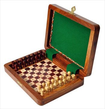 PEG WOODEN Travel Chess Set - 8'' x 6'' - by US Chess Federation by US Chess Federation
