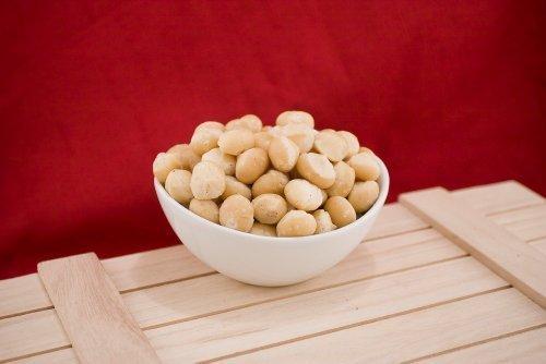 Raw Whole Macadamias (1 Pound Bag) by Superior Nut Company