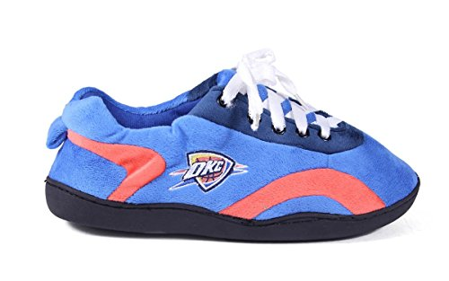 Happy Feet and Comfy Feet Mens and Womens OFFICIALLY LICENSED NBA All Around Slippers Oklahoma City Thunder savpwOR