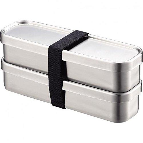 シービージャパンのフードマンDSKは、カバンの中で立てて持ち運べる弁当箱。幅はA4サイズの書類ほどで、暑さはわずか3.5cmと薄型だ。  4点でロックされているため、安心して持ち運びできる。パッキン一体型で洗いやすいのもポイント。