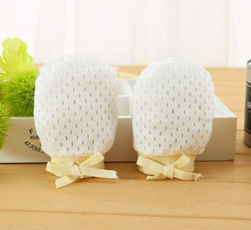 Baby Sleep Pillow Anti-Spitting Milk Washable Nursing Pillows for Toddlers Bonus Anti-Scratch Mittens /& Socks Head Side Support Shaped