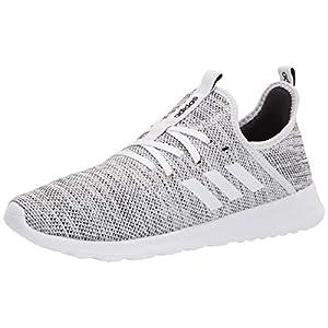 נעלי ריצה לנשים של חברת ADIDAS למכירה באתר tennisnet !