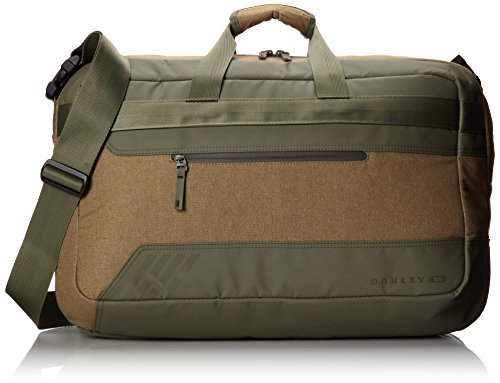 oakley-halifax-weekender-bag-worn-olive