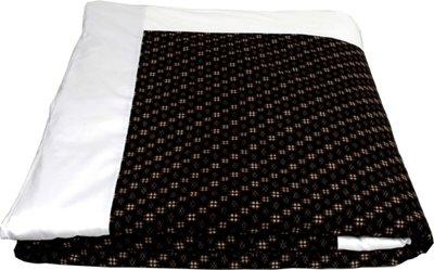 "J-Life Authentic Traditional Japanese Kakefuton (Kakebuton) Silk-Filled Comforter - Single Size (66"" x 92"") - Kasuri Black"