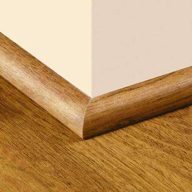 Traditional Living Quarter Round Molding - Golden Amber Oak II sm (Traditional Quarters)