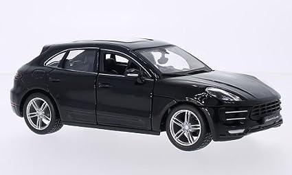 Amazon Com Porsche Macan Turbo Black 0 Model Car Ready Made Bburago 1 24 Toys Games