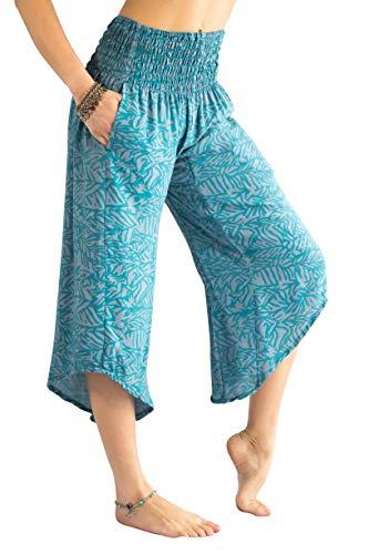 PIYOGA Women's Yoga Flare Capri's, Boutique Boho with Elastic Waistband (One Size fits US W Size 0-10) - Isabel's ()