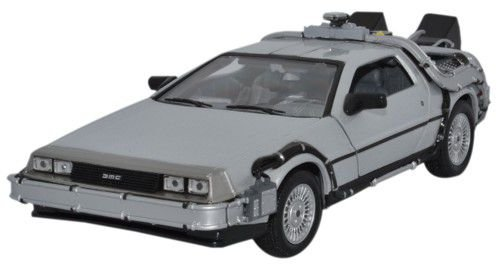 Welly 1/24 Scale Diecast Metal Delorean TimeMachine Back to the Future Part -
