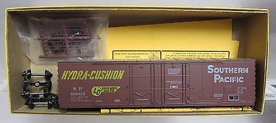 Details West HO Scale 50' Double Plug Door Box Car Southern (Double Plug Door Boxcar)