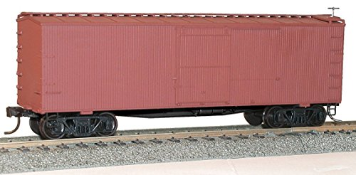 36' Double-Sheathed Wood Boxcar w/Steel Roof, Wood Ends, Fishbelly - Kit -- Undecorated ()