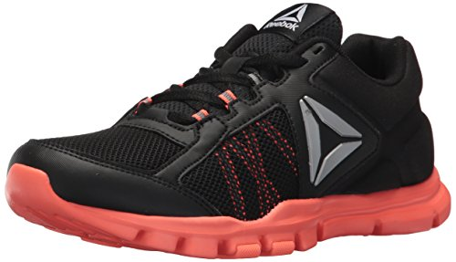 Reebok Women's Yourflex Trainette 9.0 MT Sneaker, Black/Guava Punch, 8 M US