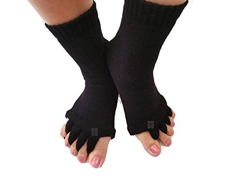 Toe Separator Yoga Gym Sports Massage Socks for Foot Alignment, Great for Sore Feet and Diabetics by TRiiM Fitness with FREE Exercise guide! (Black)