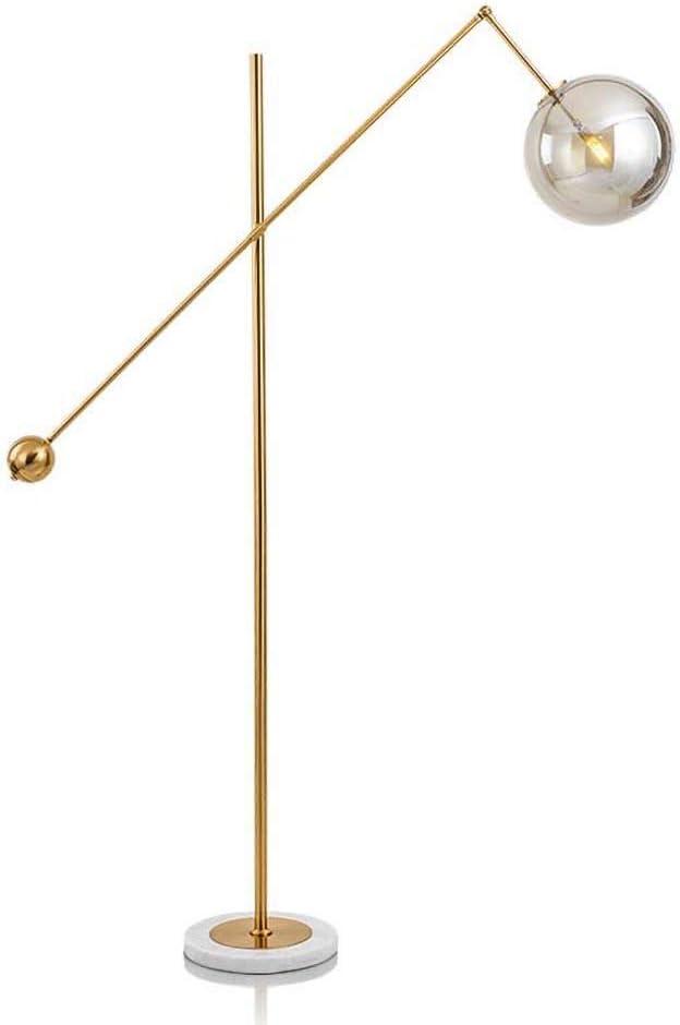 SNHWARE Lámpara de pie Minimalista Moderna Personalidad Esfera de Hierro Forjado Ambiente LED Luz Sala de Estar Dormitorio Lámpara de pie Sofá [Energy Class A +]