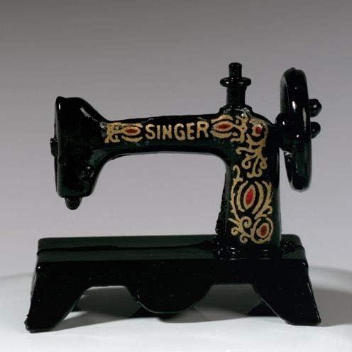 efco – Miniatura nostálgico máquina de Coser, Negro, 3 x 1,5 cm ...