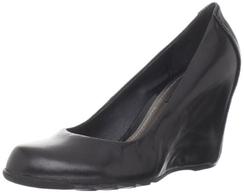 Kenneth Cole REACTION Women's Did U Tell Wedge Pump,Black,9 M US