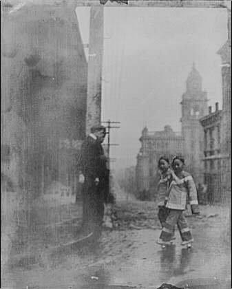 HistoricalFindings Photo: Two little maids,school,Chinatown,San Francisco,California,CA,Arnold -