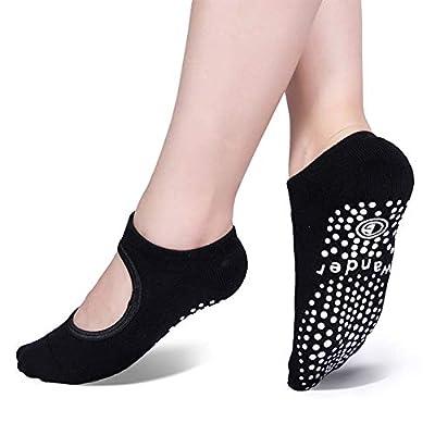 Yoga Socks Non Slip Skid Socks with Grips Pilates Ballet Barre Socks for Women: Clothing