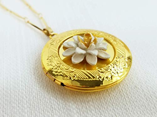 - Water Lily Locket Pendant Necklace - Nature Jewelry - Hand Painted
