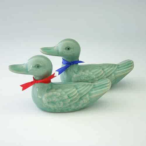 Celadon Glaze Mandarin Duck Figurine Design Green Korean Porcelain Ceramic Art Pottery Animal Kitchen Home Decor Decorative Set