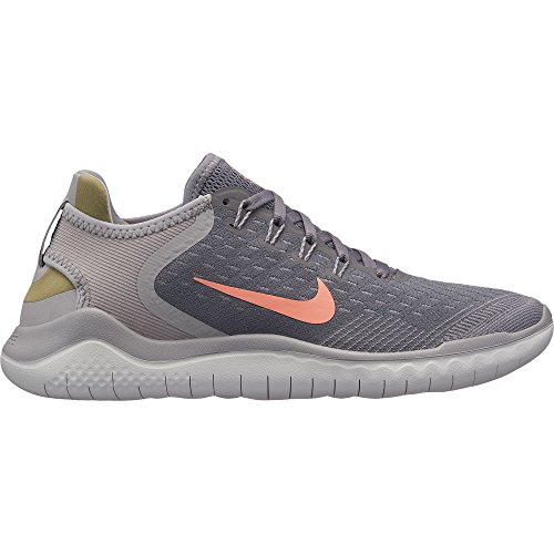 NIKE Women's Free RN 2018 Running Shoe Gunsmoke/Crimson Pulse