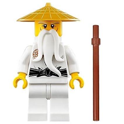 amazon com lego ninjago sensei wu with staff 70596 toys games